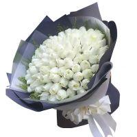 在水一方-99枝白玫瑰送朋友女友老婆爱情友情白色情人节