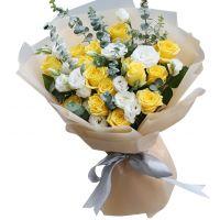 年轻的心-18枝黄玫瑰送朋友父母长辈感恩节