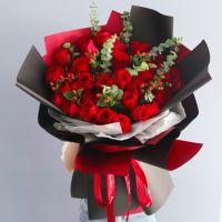 爆款-33枝红玫瑰红豆花束送女友老婆爱情生日周年情人节七夕节女神节圣诞节520