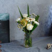 家养鲜花--白玫瑰香槟玫瑰白扶郎白康乃馨 到店取