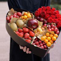 16枝红玫瑰鲜花水果礼盒中秋节感恩节国庆节端午节春节父亲节重阳节