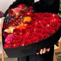 50枝红玫瑰鲜花水果礼盒中秋节感恩节国庆节端午节春节父亲节重阳节