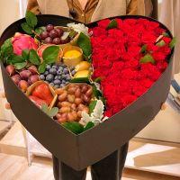 50枝红玫瑰绿叶鲜花水果礼盒中秋节感恩节国庆节端午节春节父亲节重阳节