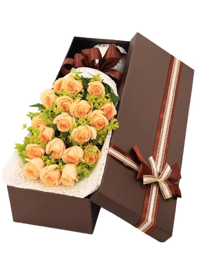快乐无限-19枝香槟玫瑰礼盒